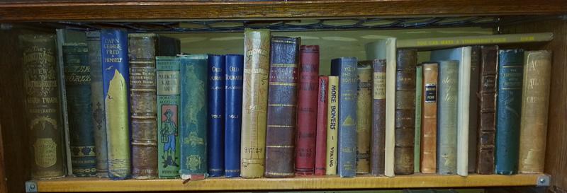 bookshelf.sedona